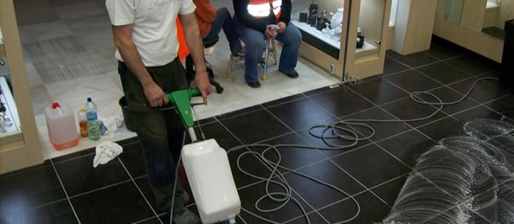 Strojové čištění podlah v Brně - Královo Pole