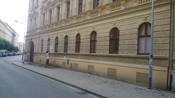 Čištění fasád od městských spadů Praha